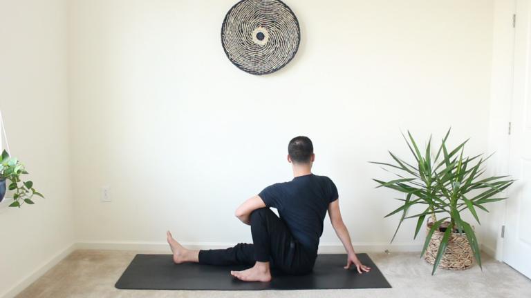 Yoga para cuando no tienes tiempo: Conéctate | 15 minutos