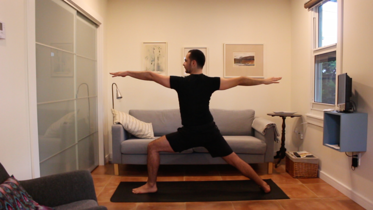 Yoga Dinámico: Fluyendo con Consciencia | 30 minutos