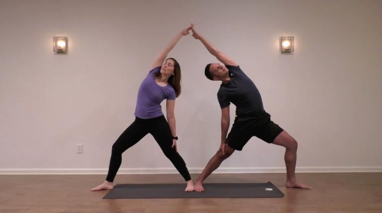 Yoga en Pareja: Posturas de Pie   15 minutos